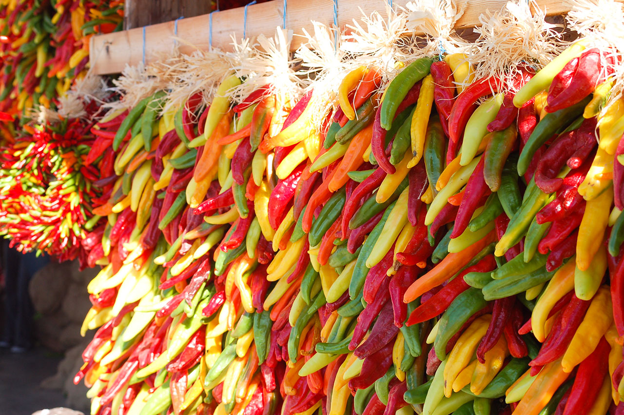 hatch-red-chile-peppers-1280